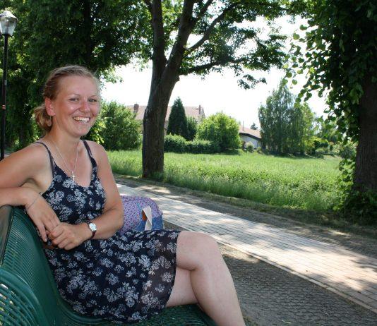 Hebamme in Osterburg Marlen Reinecke / In the middle of Nüscht Foto: Jana Henning